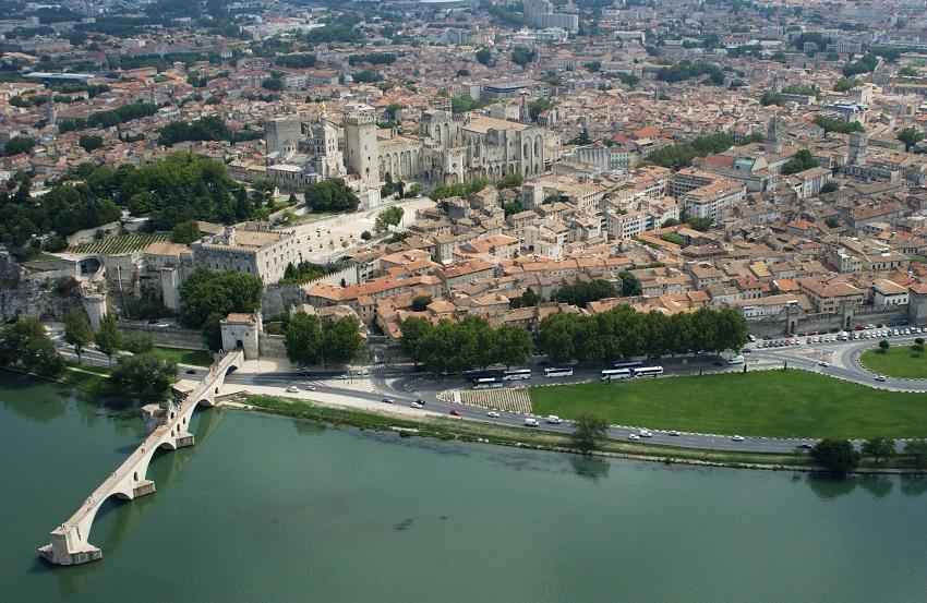 Comment réussir son séjour à Avignon ?